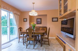"Photo 5: 18364 63A Avenue in Surrey: Cloverdale BC House for sale in ""Don Christian Elem Area"" (Cloverdale)  : MLS®# R2151811"