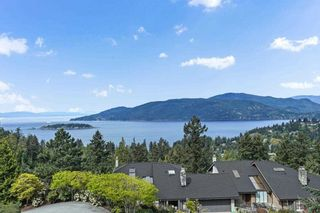 """Photo 2: 5220 TIMBERFEILD Lane in West Vancouver: Upper Caulfeild House for sale in """"Sahalee"""" : MLS®# R2574953"""