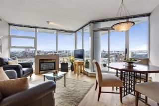 "Photo 10: 1802 638 BEACH Crescent in Vancouver: Yaletown Condo for sale in ""Icon"" (Vancouver West)  : MLS®# R2538936"
