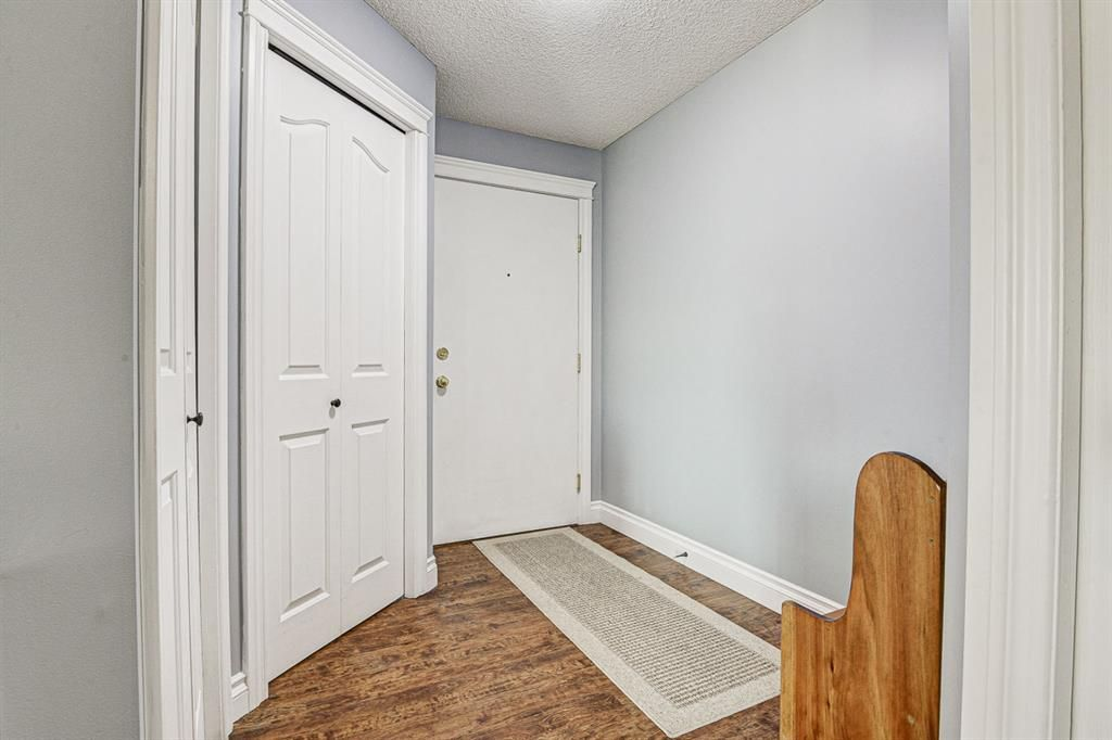 Photo 19: Photos: 414 6000 Somervale Court SW in Calgary: Somerset Apartment for sale : MLS®# A1126946