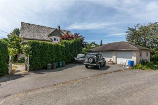Photo 3: 7465 WELTON Street in Mission: Mission BC House for sale : MLS®# R2188673