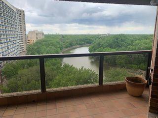 Photo 1: 1003 255 Wellington Crescent in Winnipeg: Crescentwood Condominium for sale (1B)  : MLS®# 202113693