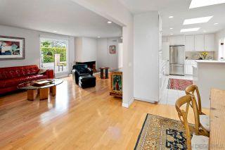 Photo 5: LA JOLLA House for sale : 4 bedrooms : 6057 Avenida Chamnez