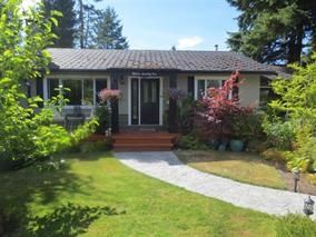 Photo 1: 1571 CHESTNUT Street: White Rock House for sale (South Surrey White Rock)  : MLS®# R2209786