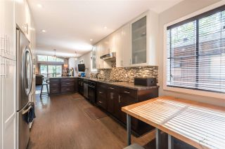 Photo 7: 561 RIVERSIDE DRIVE in North Vancouver: Seymour NV House for sale : MLS®# R2212745
