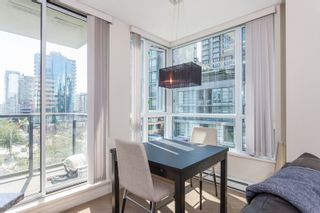 """Photo 7: 605 1212 HOWE Street in Vancouver: Downtown VW Condo for sale in """"1212 Howe"""" (Vancouver West)  : MLS®# R2091992"""