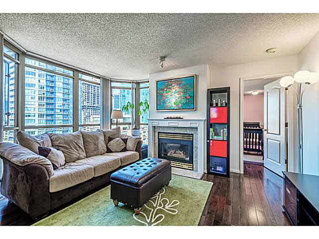 FEATURED LISTING: 2106 - 867 HAMILTON Street Vancouver