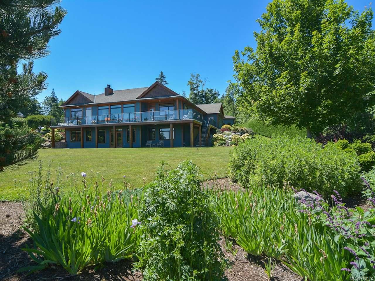 Main Photo: 6472 BISHOP ROAD in COURTENAY: CV Courtenay North House for sale (Comox Valley)  : MLS®# 775472