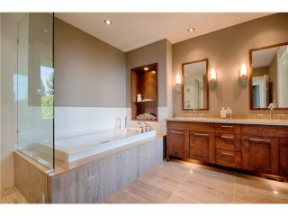 """Photo 7: # 103 2575 GARDEN CT in West Vancouver: Whitby Estates Townhouse for sale in """"AERIE 11"""" : MLS®# V1011354"""