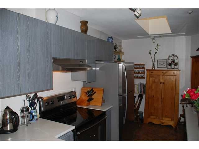 Photo 3: Photos: 404 210 CARNARVON Street in New Westminster: Downtown NW Condo for sale : MLS®# V924567