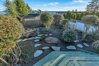 Photo 27: 14732 OXENHAM Avenue: White Rock House for sale (South Surrey White Rock)  : MLS®# R2606203