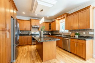 """Photo 8: 18160 60A Avenue in Surrey: Cloverdale BC House for sale in """"CLOVERDALE"""" (Cloverdale)  : MLS®# R2590172"""