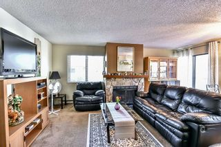 Photo 9: 204 13316 71B Avenue in Surrey: West Newton Townhouse for sale : MLS®# R2205560