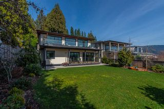 Photo 6: 1025 CHAMBERLAIN Drive in North Vancouver: Lynn Valley House for sale : MLS®# R2552130