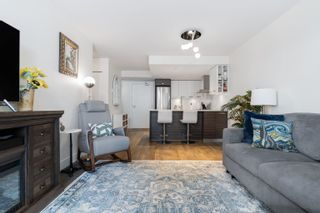 """Photo 6: 909 1783 MANITOBA Street in Vancouver: False Creek Condo for sale in """"RESIDENCES AT WEST"""" (Vancouver West)  : MLS®# R2625180"""