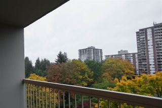 """Photo 15: 802 2008 FULLERTON Avenue in North Vancouver: Pemberton NV Condo for sale in """"Seymour By Woodcroft Estate"""" : MLS®# R2216896"""
