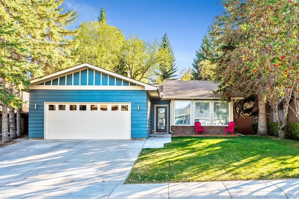 Main Photo: 156 Oakchurch Place SW in Calgary: Oakridge Detached for sale : MLS®# A1136805