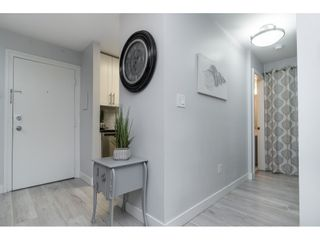 """Photo 4: 119 1850 E SOUTHMERE Crescent in Surrey: Sunnyside Park Surrey Condo for sale in """"SOUTHMERE PLACE"""" (South Surrey White Rock)  : MLS®# R2465271"""