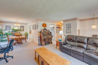 Photo 9: 629 Judah St in : SW Glanford House for sale (Saanich West)  : MLS®# 874110