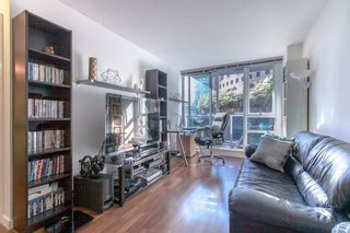 "Photo 4: 706 788 HAMILTON Street in Vancouver: Downtown VW Condo for sale in ""TV TOWERS"" (Vancouver West)  : MLS®# R2289612"