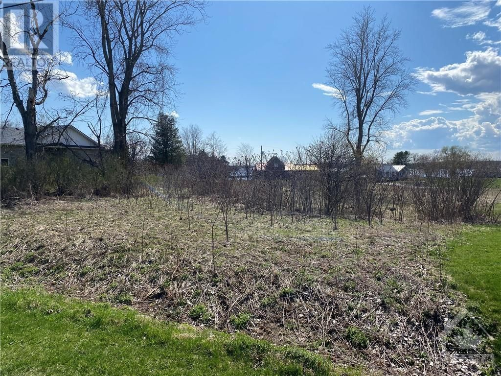 Main Photo: 00 BLAIR ROAD in Cardinal: Vacant Land for sale : MLS®# 1258898