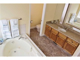 Photo 13: 532 Riverbend Drive SE in Calgary: Riverbend Residential Detached Single Family for sale : MLS®# C3606476