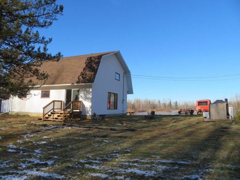 Photo 15: Photos: MILE 283 97 (ALASKA) Highway in Fort Nelson: Fort Nelson - Rural House for sale (Fort Nelson (Zone 64))  : MLS®# R2275782
