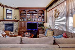 Photo 8: 115 WESTRIDGE Crescent SW in Calgary: West Springs Detached for sale : MLS®# C4226155