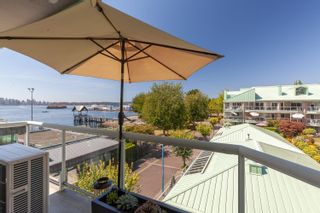 """Photo 15: 3310 33 CHESTERFIELD Place in North Vancouver: Lower Lonsdale Condo for sale in """"HARBOURVIEW PARK"""" : MLS®# R2610406"""