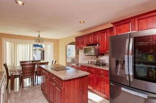 Photo 8: 14716 90 Avenue in Surrey: Bear Creek Green Timbers House for sale : MLS®# R2323747
