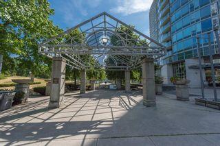 Photo 13: Vancouver: Condo for sale : MLS®# R2075191