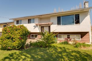 Photo 35: 2082 Piercy Ave in : Si Sidney North-East House for sale (Sidney)  : MLS®# 872613