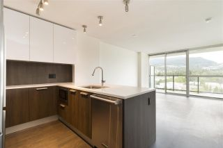 """Photo 5: 1101 3007 GLEN Drive in Coquitlam: North Coquitlam Condo for sale in """"Evergreen by Bosa"""" : MLS®# R2276119"""