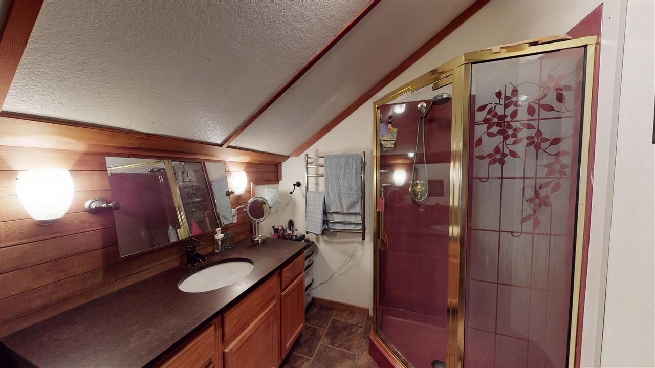 Photo 20: Photos: 2521 KITCHENER Street in Vancouver: Renfrew VE House for sale (Vancouver East)  : MLS®# R2573364