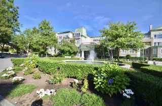 Photo 3: 437 2980 PRINCESS CRESCENT in Coquitlam: Canyon Springs Condo for sale : MLS®# R2197204