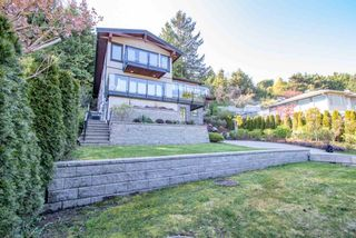 Photo 2: 579 ST. GILES Road in West Vancouver: Glenmore House for sale : MLS®# R2568791