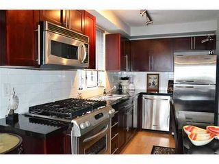 Photo 4: 301 122 3RD Street E in North Vancouver: Lower Lonsdale Home for sale ()  : MLS®# V922342