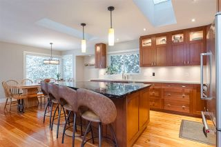 Photo 4: 15318 21 AVENUE in Surrey: King George Corridor House for sale (South Surrey White Rock)  : MLS®# R2428864