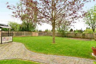 """Photo 19: 6337 SUNDANCE Drive in Surrey: Cloverdale BC House for sale in """"Cloverdale"""" (Cloverdale)  : MLS®# R2056445"""