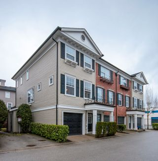 Photo 1: 52-11067 Barnston View Road in Pitt Meadows: South Meadows Townhouse for sale : MLS®# R2145745