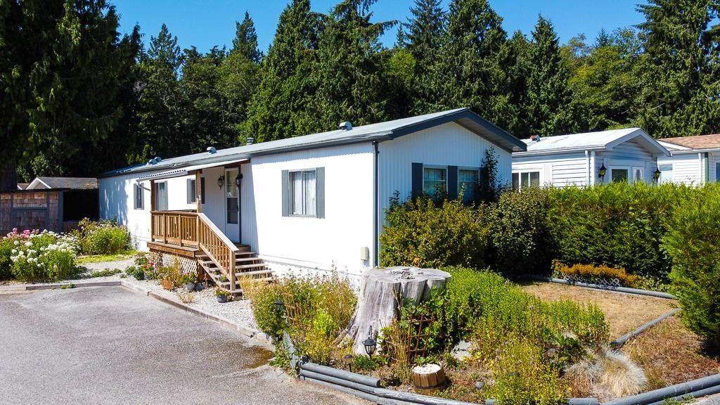 Main Photo: 1 5575 MASON Road in Sechelt: Sechelt District Manufactured Home for sale (Sunshine Coast)  : MLS®# R2605961