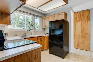 Photo 9: 3447 LANE CR SW in Calgary: Lakeview House for sale ()  : MLS®# C4270938