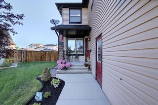 Photo 2: 410 DRAKE LANDING Point: Okotoks Detached for sale : MLS®# A1026782