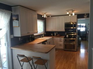 Photo 2: 2038 MARTENS Street in Abbotsford: Poplar House for sale : MLS®# R2187338
