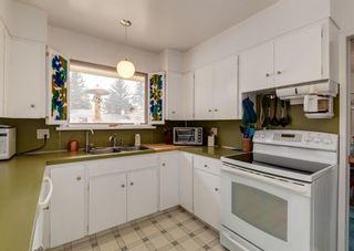 Photo 8: 75 Bay View Drive SW in Calgary: Bayview Detached for sale : MLS®# A1087927
