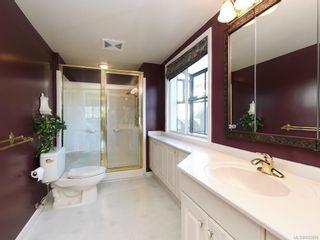 Photo 13: 203 920 Park Blvd in Victoria: Vi Fairfield West Condo for sale : MLS®# 842099