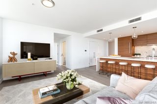 Photo 2: DOWNTOWN Condo for sale : 3 bedrooms : 888 W E Street #2101 in San Diego