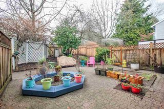 """Photo 17: 8229 VIVALDI Place in Vancouver: Champlain Heights Townhouse for sale in """"ASHLEIGH HEIGHTS"""" (Vancouver East)  : MLS®# R2331263"""