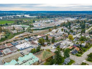 "Photo 3: 7368 JAMES Street in Mission: Mission BC Land for sale in ""DOWNTOWN MISSION"" : MLS®# R2509685"