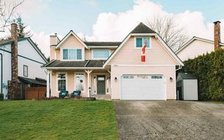 "Photo 1: 9395 209B Street in Langley: Walnut Grove House for sale in ""Heritage Circle"" : MLS®# R2557920"